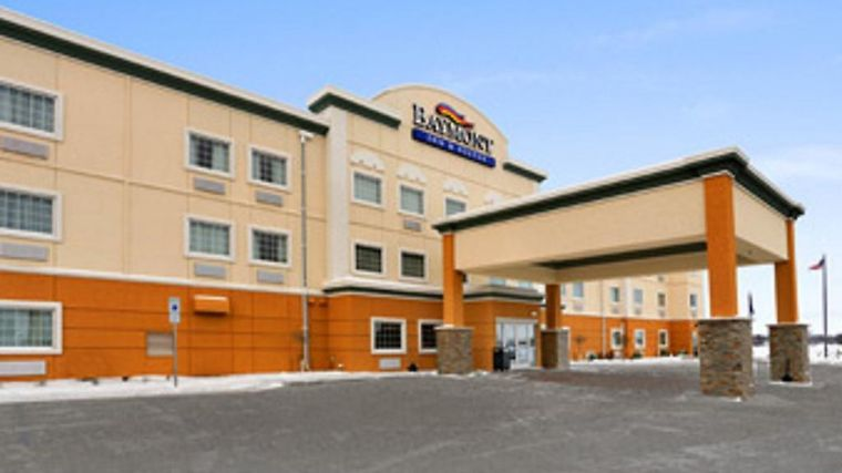 Baymont Inn & Suites Minot photos Exterior Hotel information