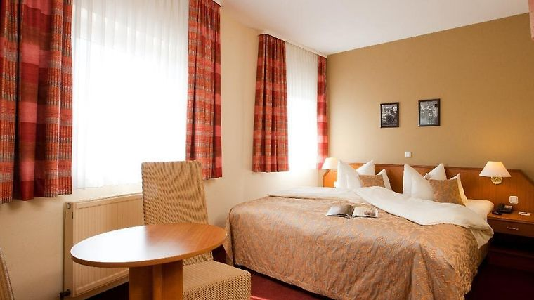 Smart Stay Hotel Frankfurt Airport photos Room