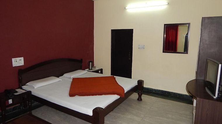 Hotel Chitra Heritage Room