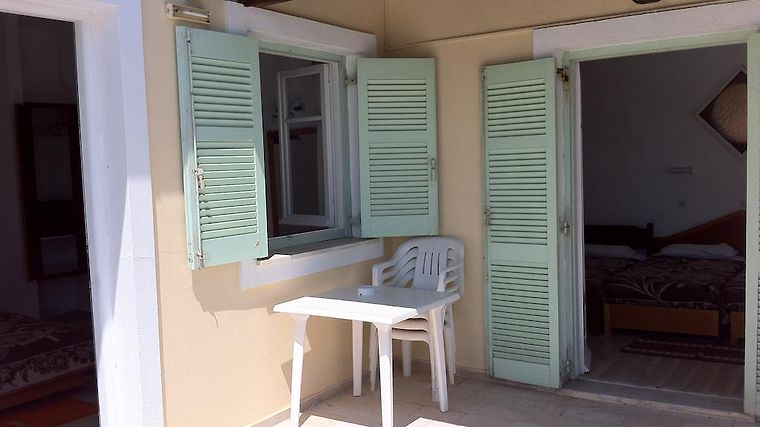 Litharia Apartments Exterior Hotel information