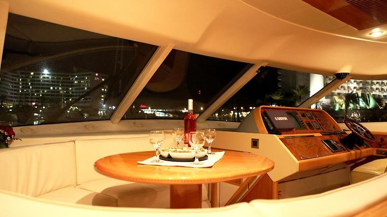 Red Sea Yachts photos Room