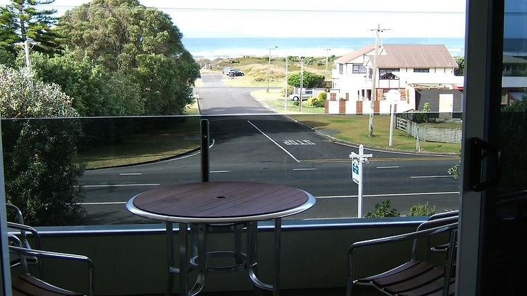 Waihi Beach Lodge Exterior Hotel information