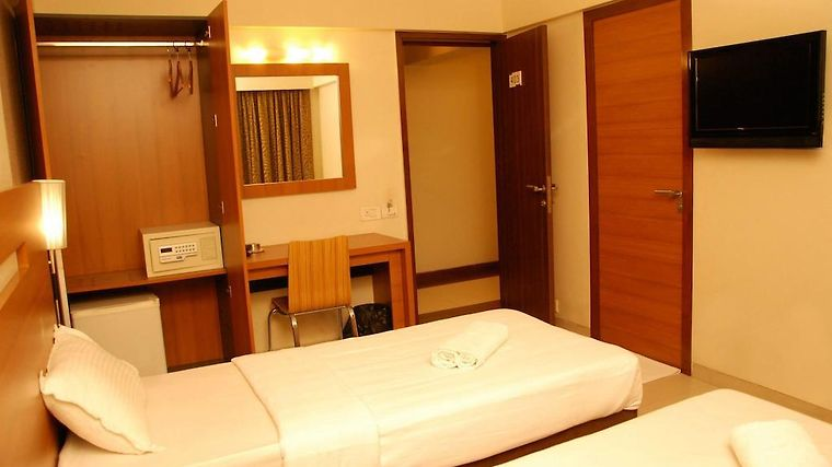 Hotel Tanish Residency Room