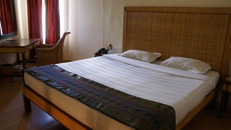 Kufri Holiday Resort Room