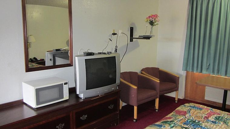Travel Inn Abilene Room