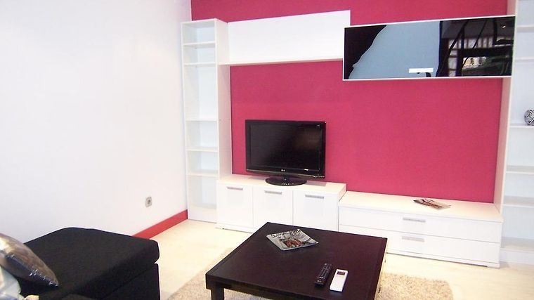 APARTAMENTOS MLR LOFT RETIRO MADRID (Spain) - from US$ 141 | BOOKED