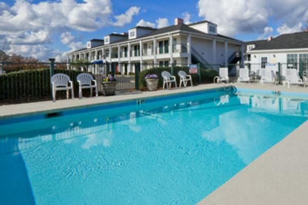 Hotel Baymont Inn Suites Georgetown Near Ma Sc 2 United States From Us 99 Booked