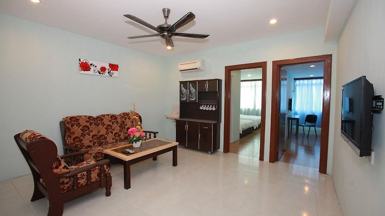 Famosa Homestay photos Exterior Hotel information