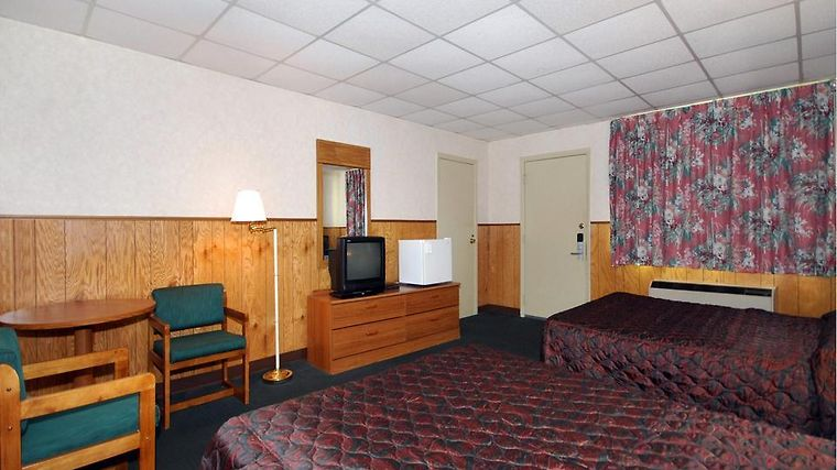 Econo Lodge Beavercreek Room