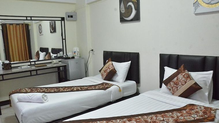 Nawarat Resort & Serviced Apt Room