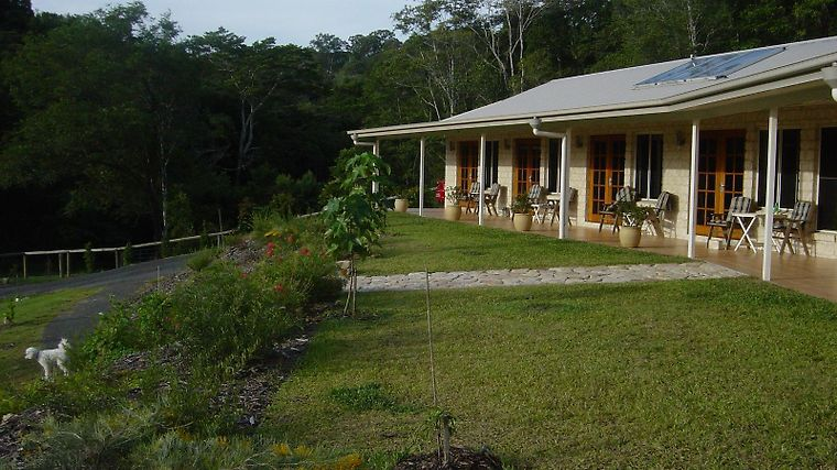 Coverdales Bed And Breakfast At Eumundi Exterior