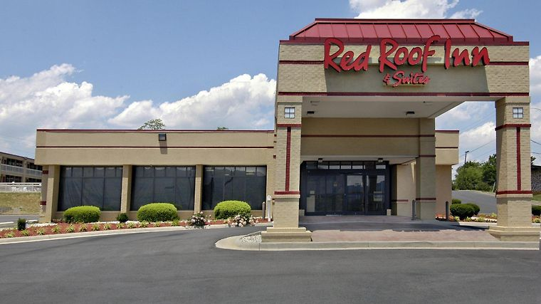 Red Roof Inn And Suites Wytheville Exterior