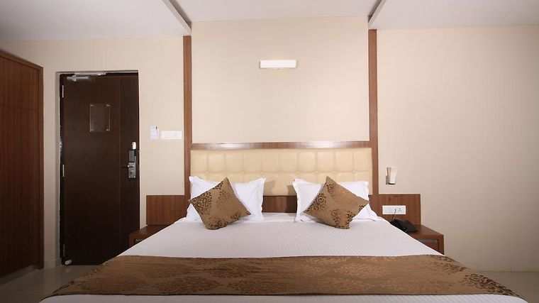Mango Hotels Bangalore, Electronic City Room