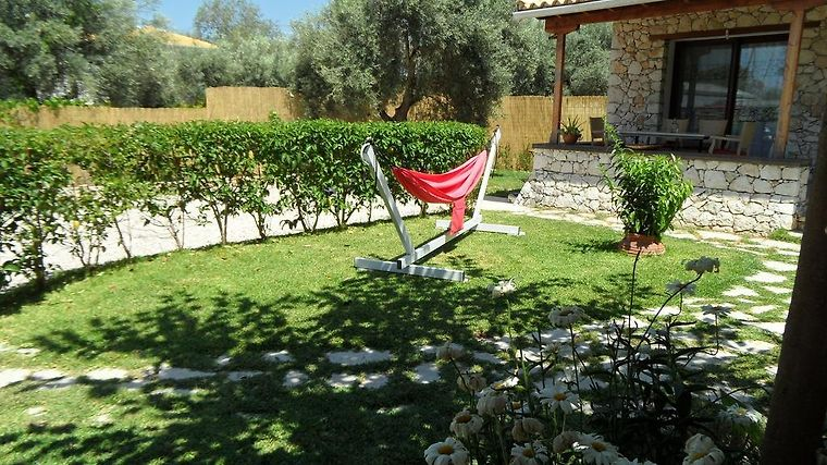 OLIVE TREE HOUSE LEFKADA ISLAND (Greece) - from US$ 211 | BOOKED