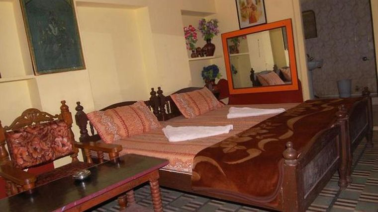 Hotel Shree Palace Room
