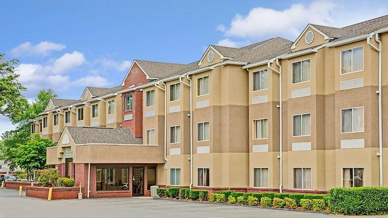 Microtel Inn & Suites By Wyndham Cornelius/Lake No Exterior Hotel information