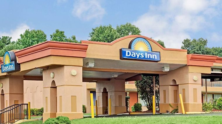 Days Inn Durham/Near Duke University photos Exterior Hotel information