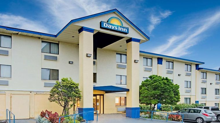 Days Inn Austin Crossroads Exterior Hotel information