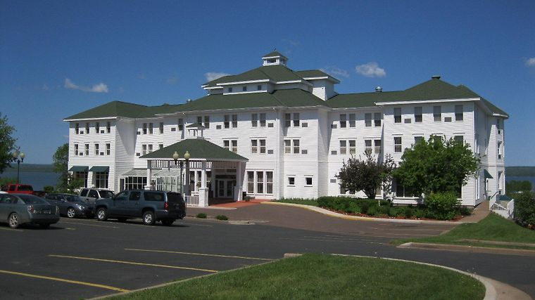 Best Western The Hotel Chequamegon Exterior