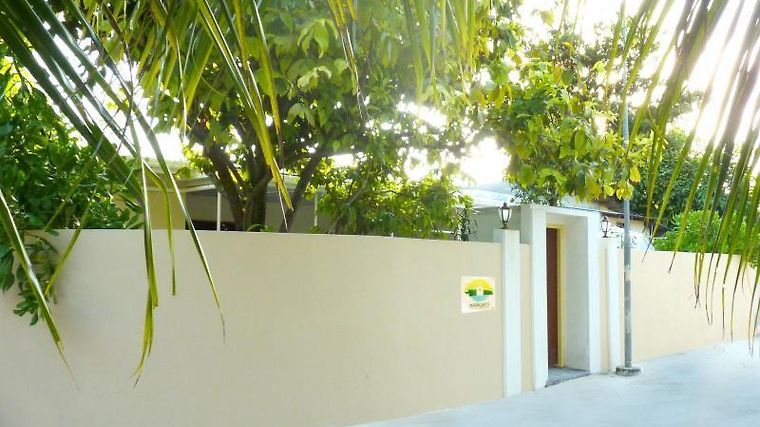 Askani Thulusdhoo Guesthouse Exterior