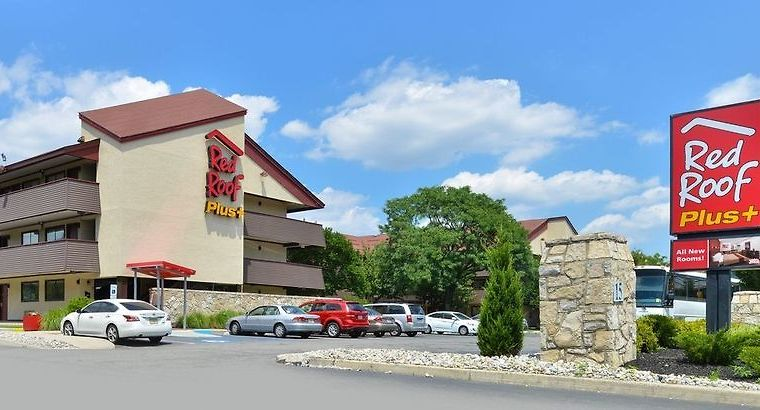 °HOTEL RED ROOF PLUS+ SECAUCUS MEADOWLANDS SECAUCUS, NJ 2* (United States)    From US$ 113 | BOOKED