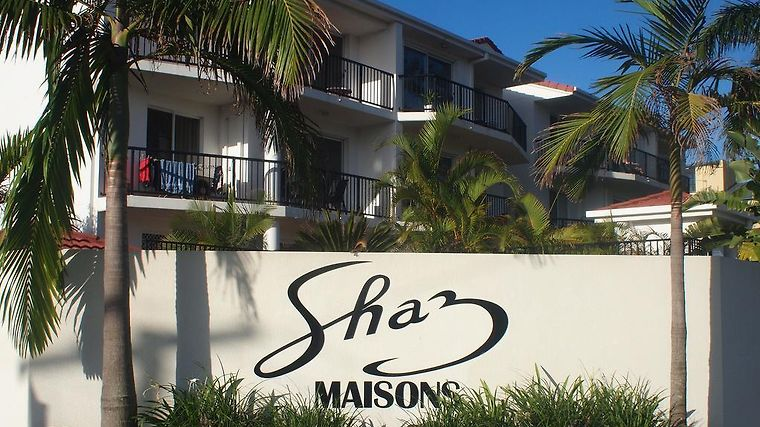 Shaz Maisons Holiday Apartments Exterior