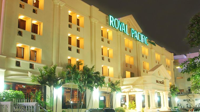 Royal Pacific Exterior