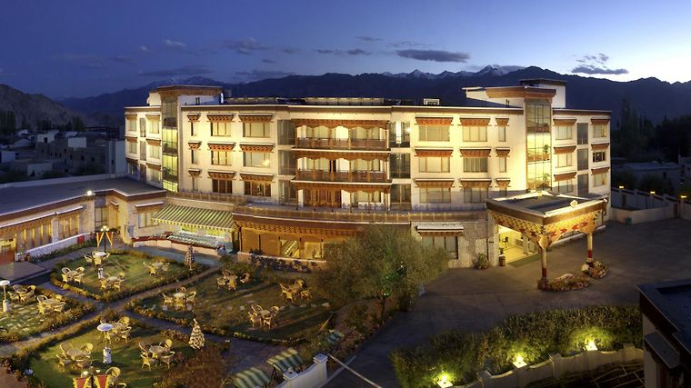 Hotel The Grand Dragon Ladakh Exterior