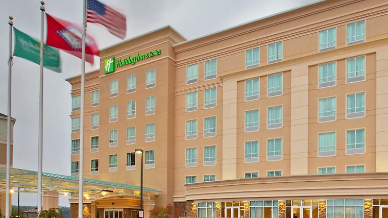Holiday Inn Hotel & Suites Rog Exterior