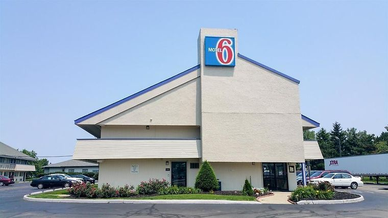 Super 8 Grove City Oh Exterior