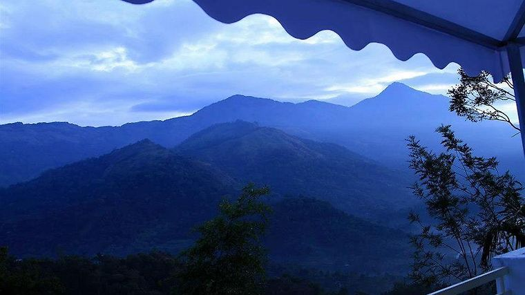 The Edge Munnar Exterior