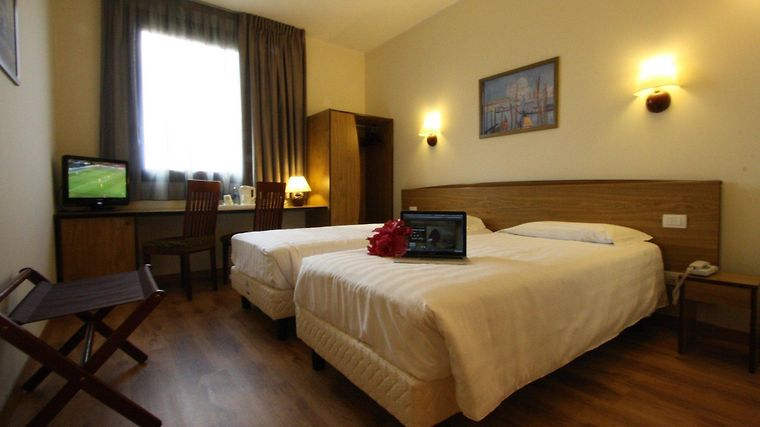 Hotel Campanile Padova photos Room