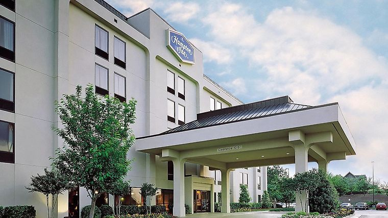 Plus Portsmouth-Chesapeake Hotel photos Exterior