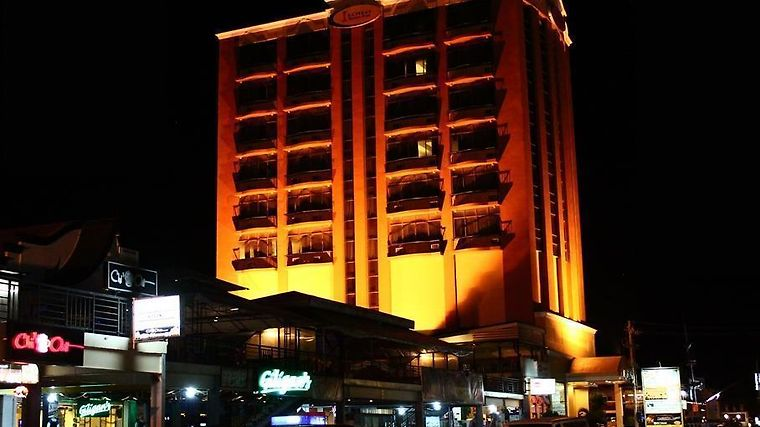 Iloilo Business Hotel Exterior