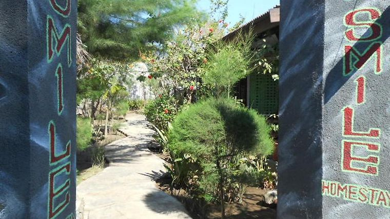 Gili Smile Homestay photos Exterior