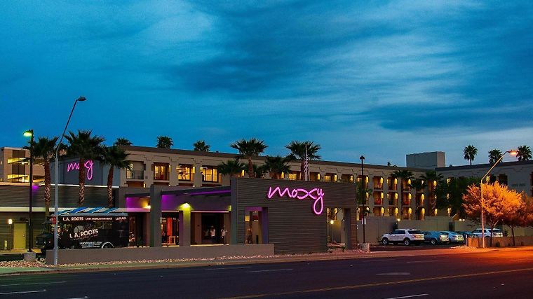 Hotel Moxy Phoenix Tempe Az 4 United States From Us 163 Booked