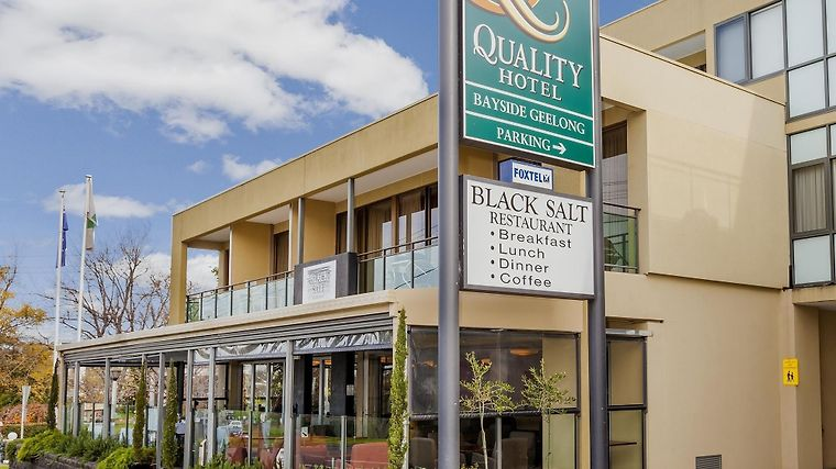 Quality Hotel Bayside Geelong Exterior