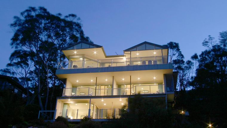 Arthurs Superb Views Luxury Retreat Exterior