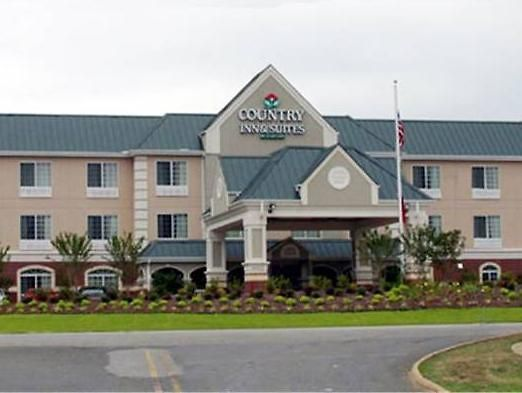°HOTEL COUNTRY INN U0026 SUITES BY CARLSON, HOT SPRINGS, AR HOT SPRINGS, AR 3*  (United States)   From US$ 102 | BOOKED