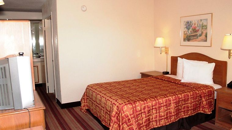 °HOTEL RED ROOF INN WILMINGTON, NC WILMINGTON, NC 2* (United States)   From  US$ 81 | BOOKED
