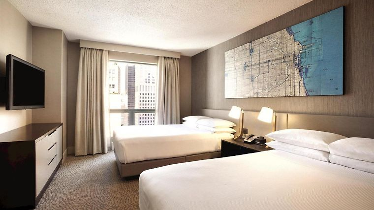 °HOTEL HILTON CHICAGO/MAGNIFICENT MILE SUITES CHICAGO, IL 3* (United  States)   From US$ 246 | BOOKED