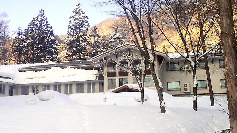 Hotel Blue Lake & Resort Exterior