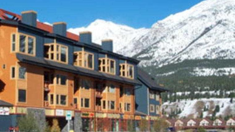 Canmore Crossing Exterior