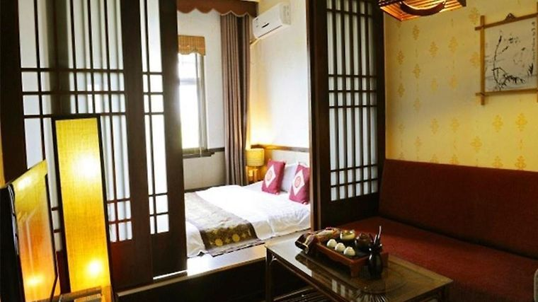 Aroma Tea House Former Jing Guan Ming Lou Museum Hotel Guilin 5 China From Us 124 Booked