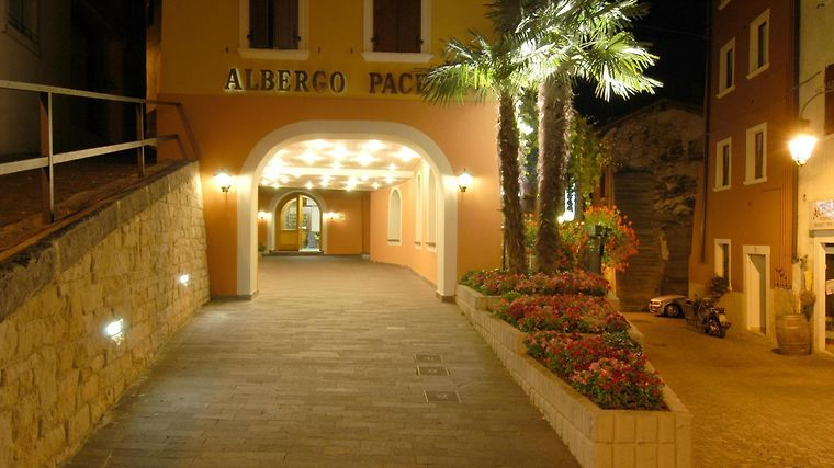 Hotel Pace Arco Exterior