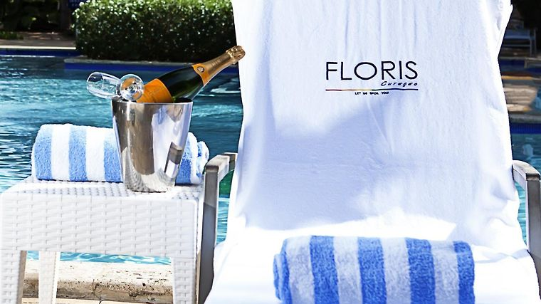 Floris Suite Hotel Spa And Beach Club Exterior