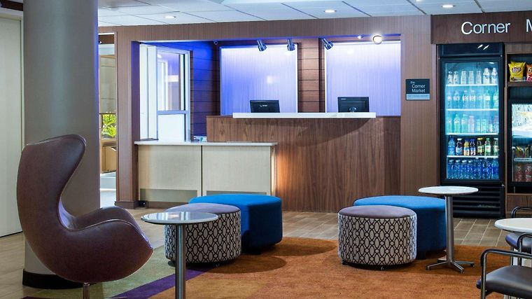 Hotel fairfield inn fort myers fl 3 united states for 7090 cypress terrace fort myers