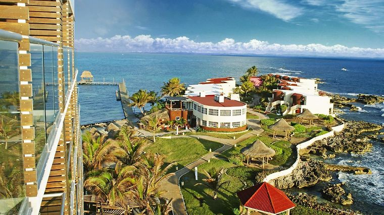 Mia Reef Isla Mujeres Resort All Inclusive Exterior