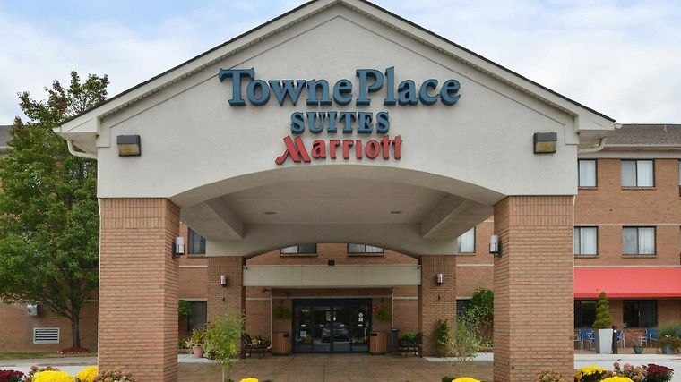 Towneplace Suites Detroit Warren Exterior