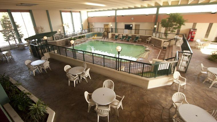 Good °HOTEL THE GARDEN INN ELKHART, IN 3* (United States)   From US$ 111 | BOOKED Images